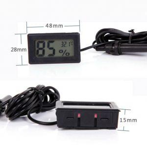 با قابلیت اندازه گیری رطوبت از 10 الی 99 درصد و سنجش میزان حرارت و دما از 20- درجه زیر صفر الی 70 درجه سانتی گراد بالای صفر – دارای 1.5 متر کابل سنسور خارجی دما و رطوبت